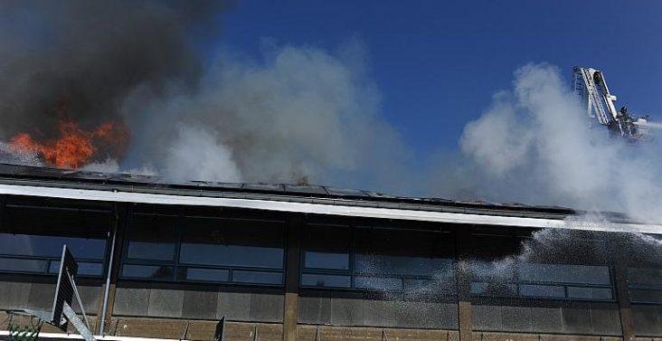 Brand på Ahlmann-Skolen udviklede sig dramatisk.Foto: Henry Schmoldt. Foto: Henry Schmoldt
